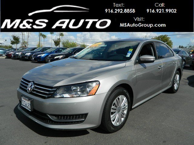 Pre-Owned 2014 Volkswagen Passat 1.8T S Sedan 4D
